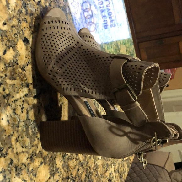 Parker Shoes - Some nice wedges